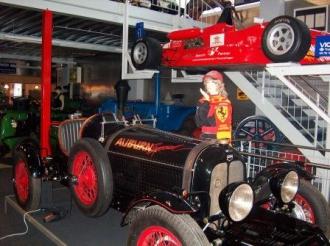 Teilansicht / Museumsteil Autos etc.